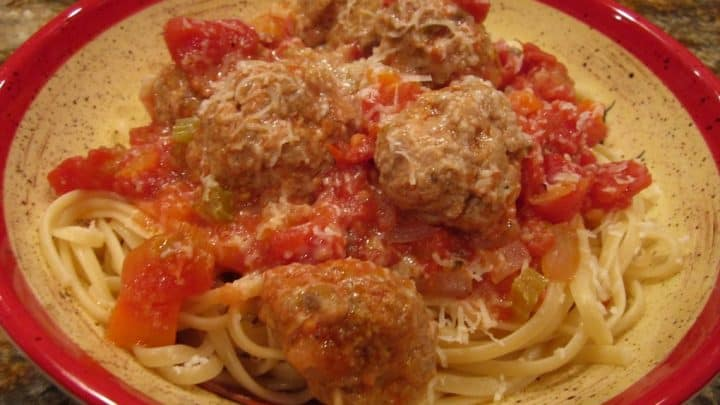 Friday Night Cooking Classes/Spaghetti and Meatballs
