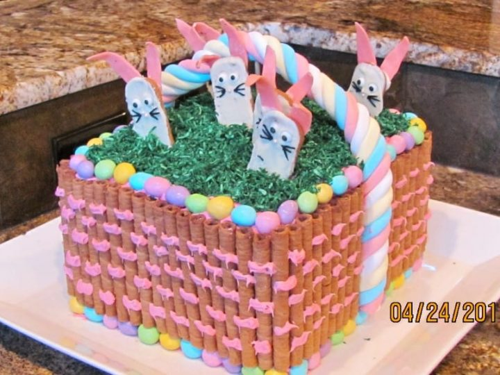 Wondrous Easter Basket Cake Noshing With The Nolands Funny Birthday Cards Online Fluifree Goldxyz