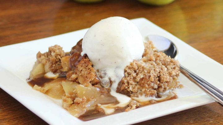 Old Fashioned Apple Crisp with Caramel Sauce for Autumn Apple Party for #SundaySupper