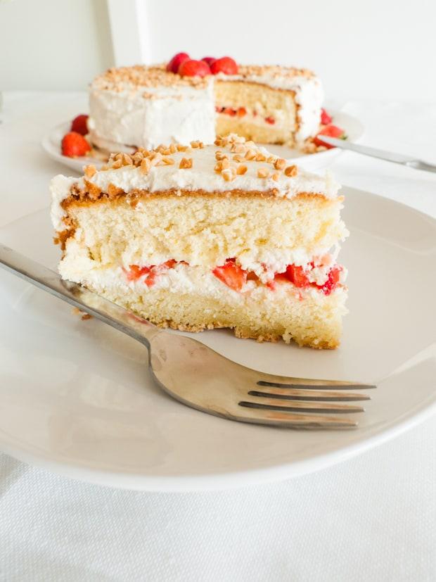 Strawberry birthday cake2