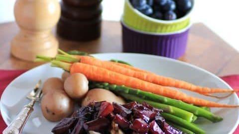 Herbed Pork Tenderloin with Wild Blueberry Sauce for #SundaySupper