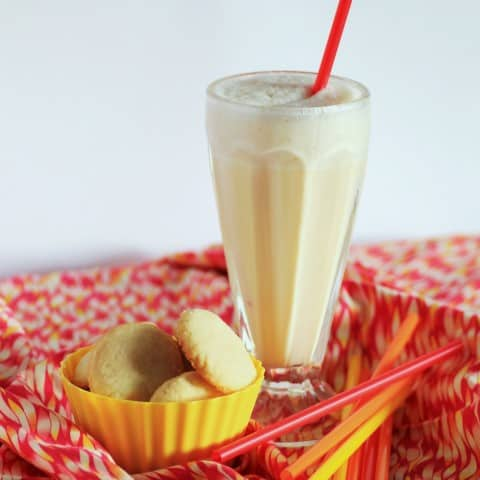 Vanilla Butter Cookes and Vanilla Milkshake (Small)