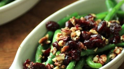 Green Beans with Pecans and Cranberries for #BeingThankful #SundaySupper