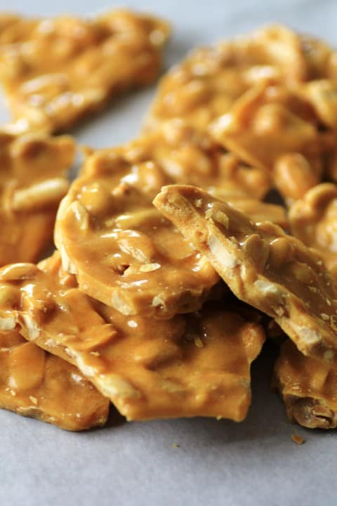 25 Last Minute Christmas Cookie Ideas. Peanut Brittle.
