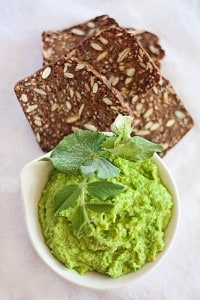 LesleyStowe_Pea-and-Avocado-dip (2)