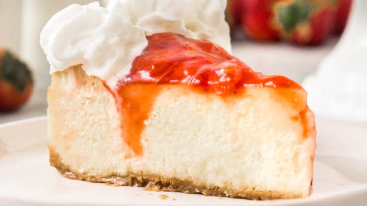 Light and Airy Strawberry Cheesecake