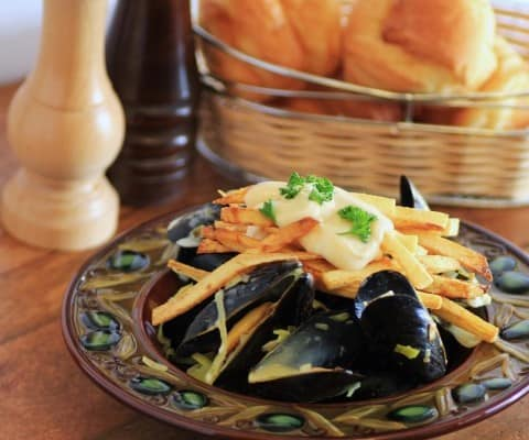 Mouth Watering Mondays – Mussels and Pomme Frites