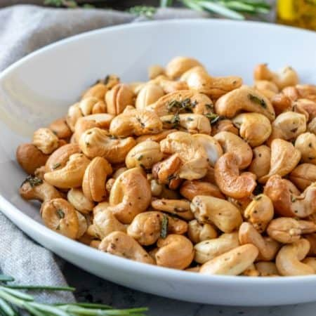 Herb Roasted Cashews in a bowl