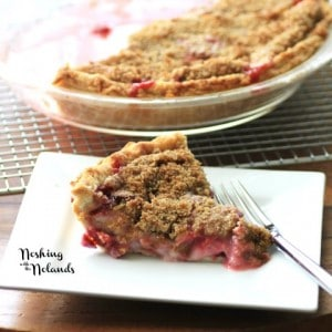 Rhubarb Strawberry Sour Cream Pie