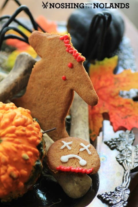 Headless Gingerbread Men by Noshing With The Nolands