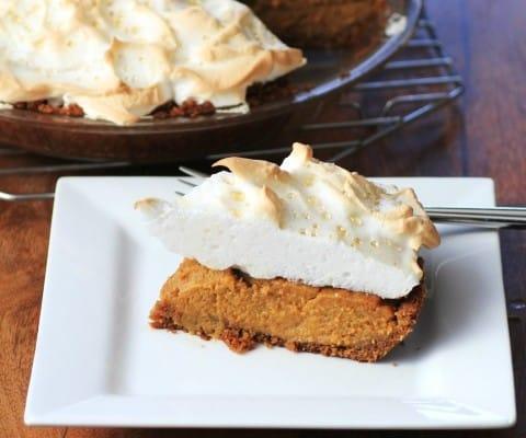 Pumpkin Meringue Pie #CanadianEggs #Giveaway