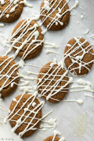 Iced Molasses Cookie Recipe by I Heart Eating