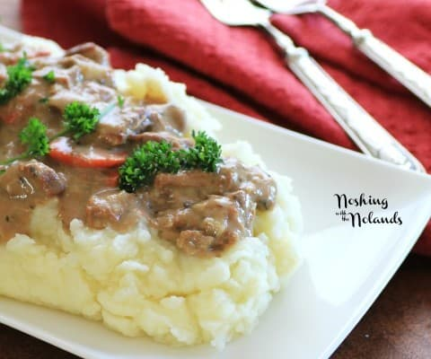 Mouth Watering Mondays – Slow Cooker Beef Stroganoff