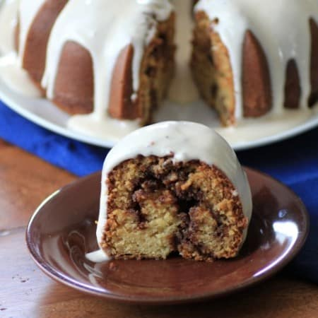 Cinnamon Roll Bundt Cake by Noshing With The Nolands (2) (Small)