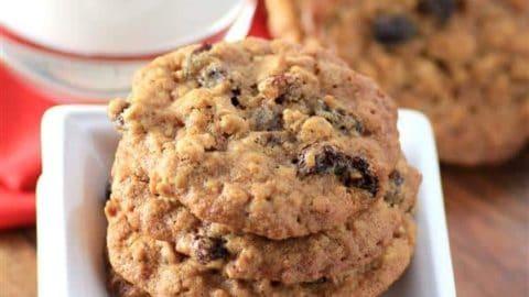 Chewy Oatmeal Raisin Cookies #CreativeCookieExchange