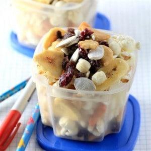 Healthy Lunchbox Snack Mix #SundaySupper