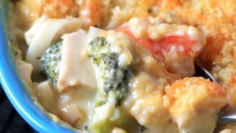 Cheesy Chicken Broccoli Noodle Casserole