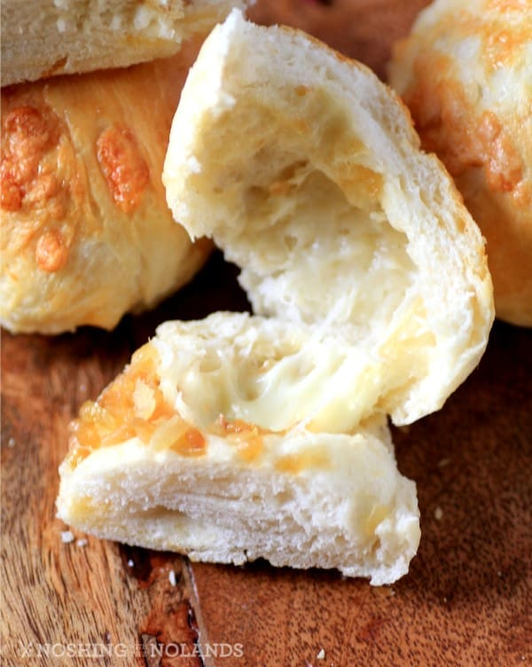 Smoked Cheddar Caramelized Onion Dinner Rolls by Noshing With The Nolands