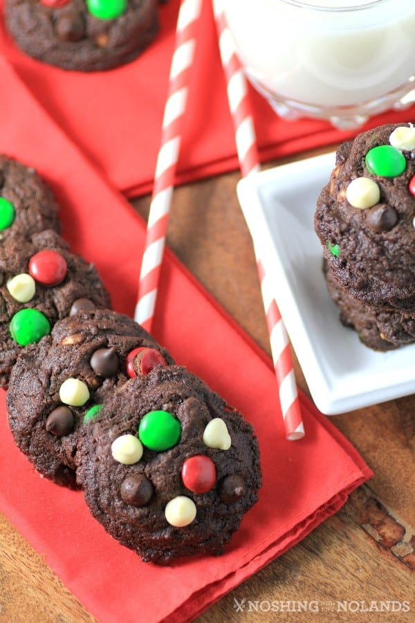 Santa Claus Cookies on Real Housemoms by Noshing With The Nolands