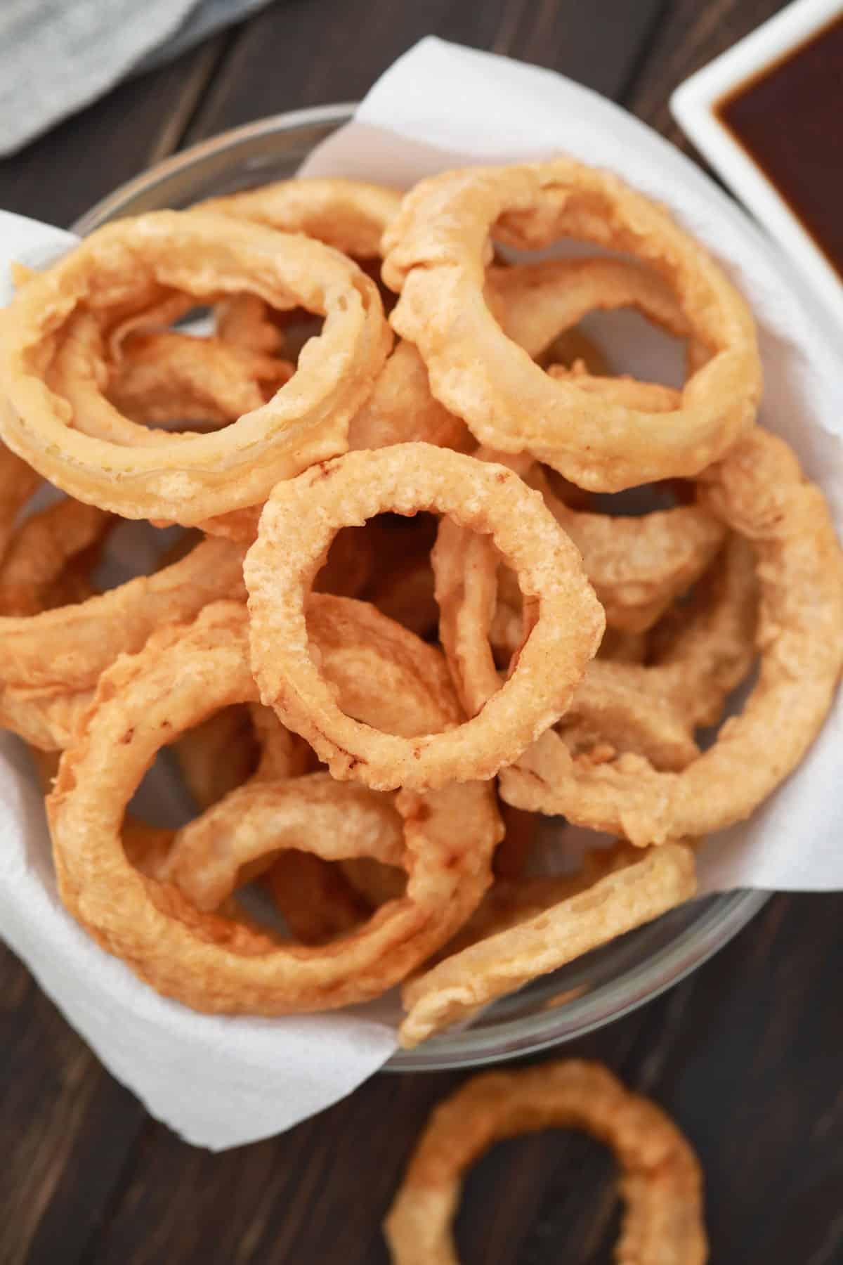 Overhead basket of onion rings