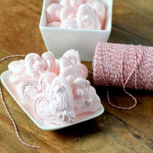 Meringue Hearts #CreativeCookieExchange