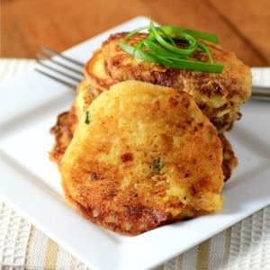 Cornmeal Griddle Cakes #BreadBakers