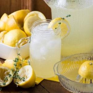 Spring Thyme Lemonade – Real Housemoms