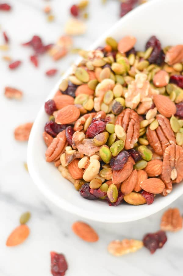 Trader Joe's Omega Trail Mix Recipe - Healthy, Vegan Snack - Luci's Morsels -- Los Angeles Healthy Food Blog-4 (Custom)