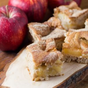 Easy Apple Cinnamon Pie Bars