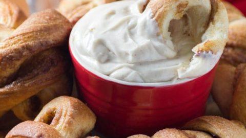 Cinnamon Knots with Cream Cheese Dip