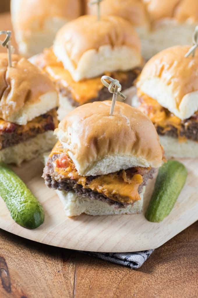 Baked Cheeseburger Bacon Sliders