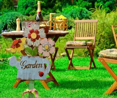 Top Tips to Make Your Summer Backyard Party a Success