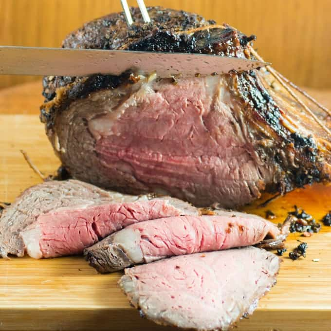Slicing roast beef