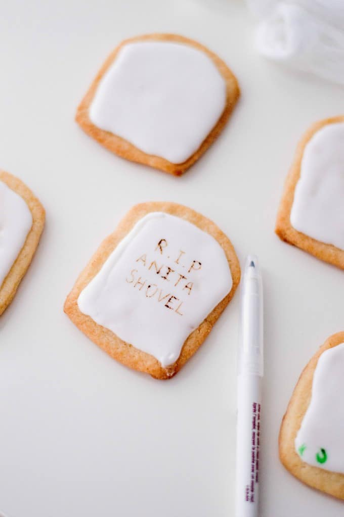 Writing on tombstone cookies