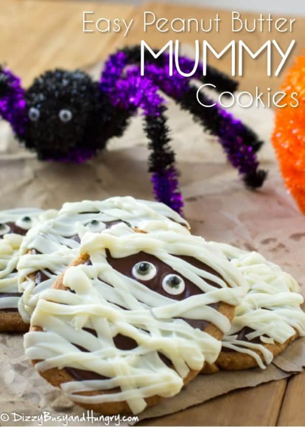 Mummy Cookies with a giant spider