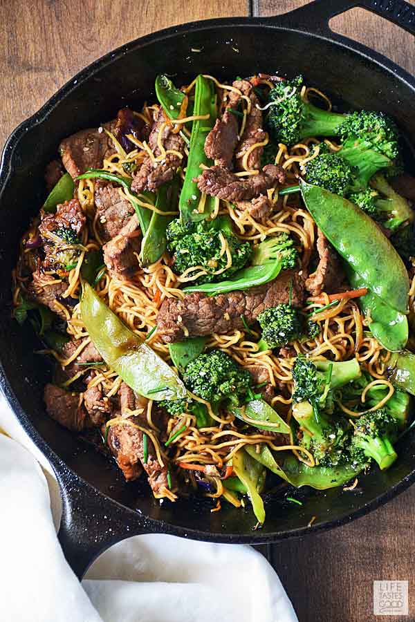 Beef Stir Fry with Noodles in a cast iron pan