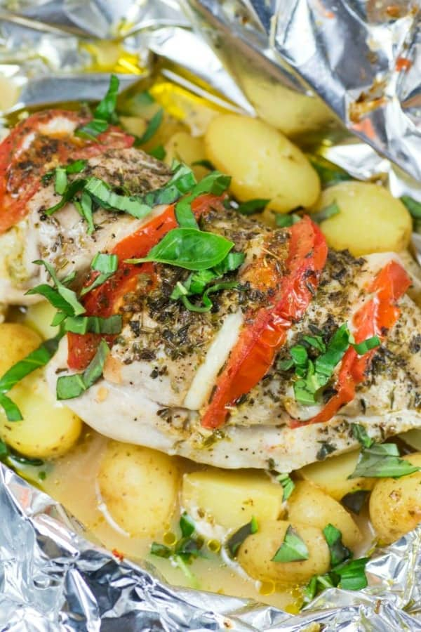 GRILLED CAPRESE CHICKEN LITTLE POTATO FOIL PACKS