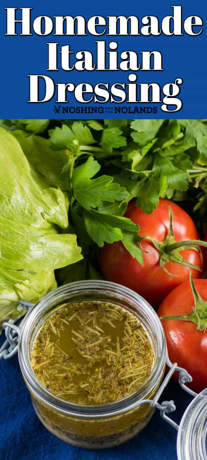 This Homemade Italian Dressing is so simple to make up when you have the seasoning mix at the ready!! #Italiandressing #dressing #salad