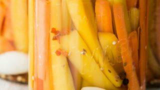Easy Pickled Carrots