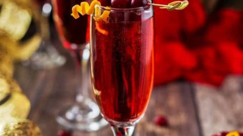 Poinsettia Drink (A Champagne Cocktail)