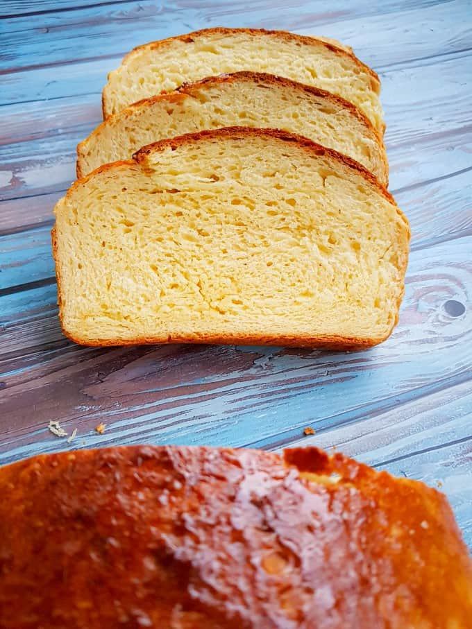 Close up of sliced brioche bread