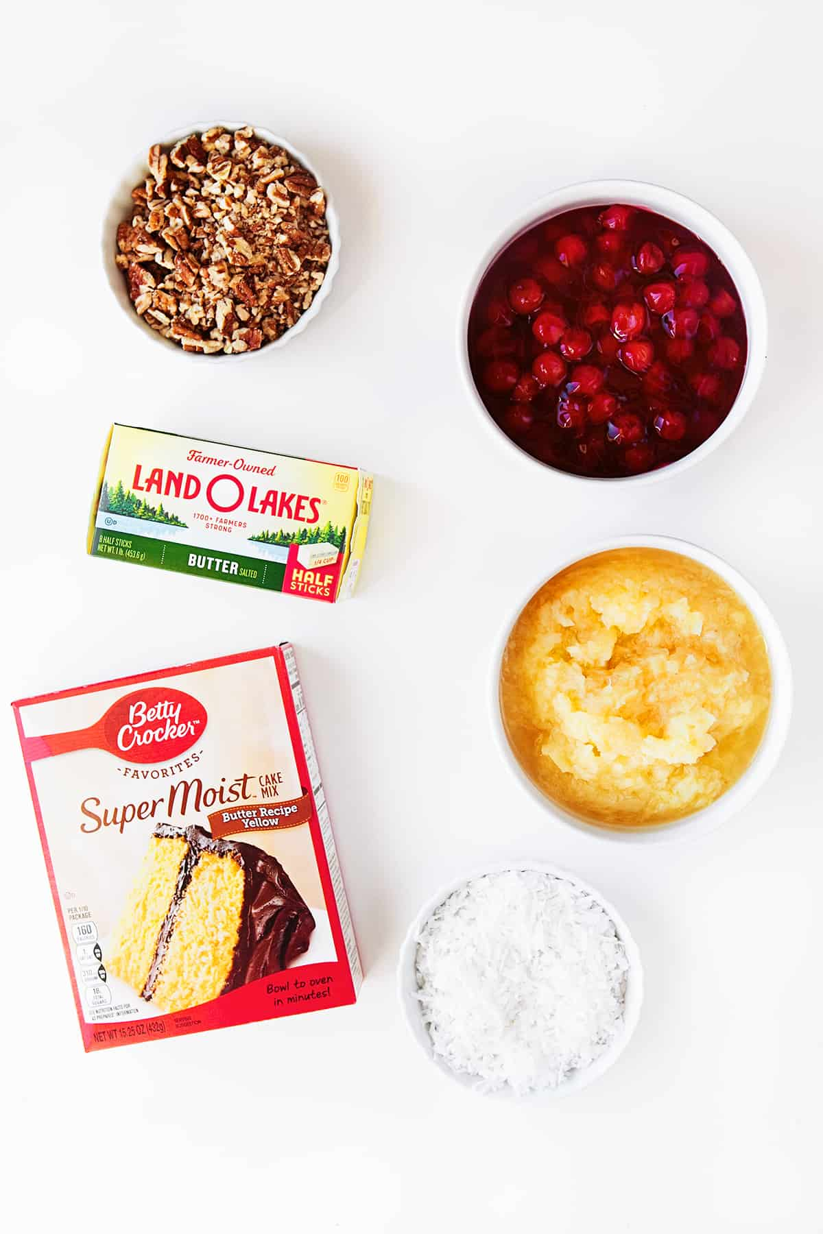 Ingredients for Cherry Pineapple Dump Cake