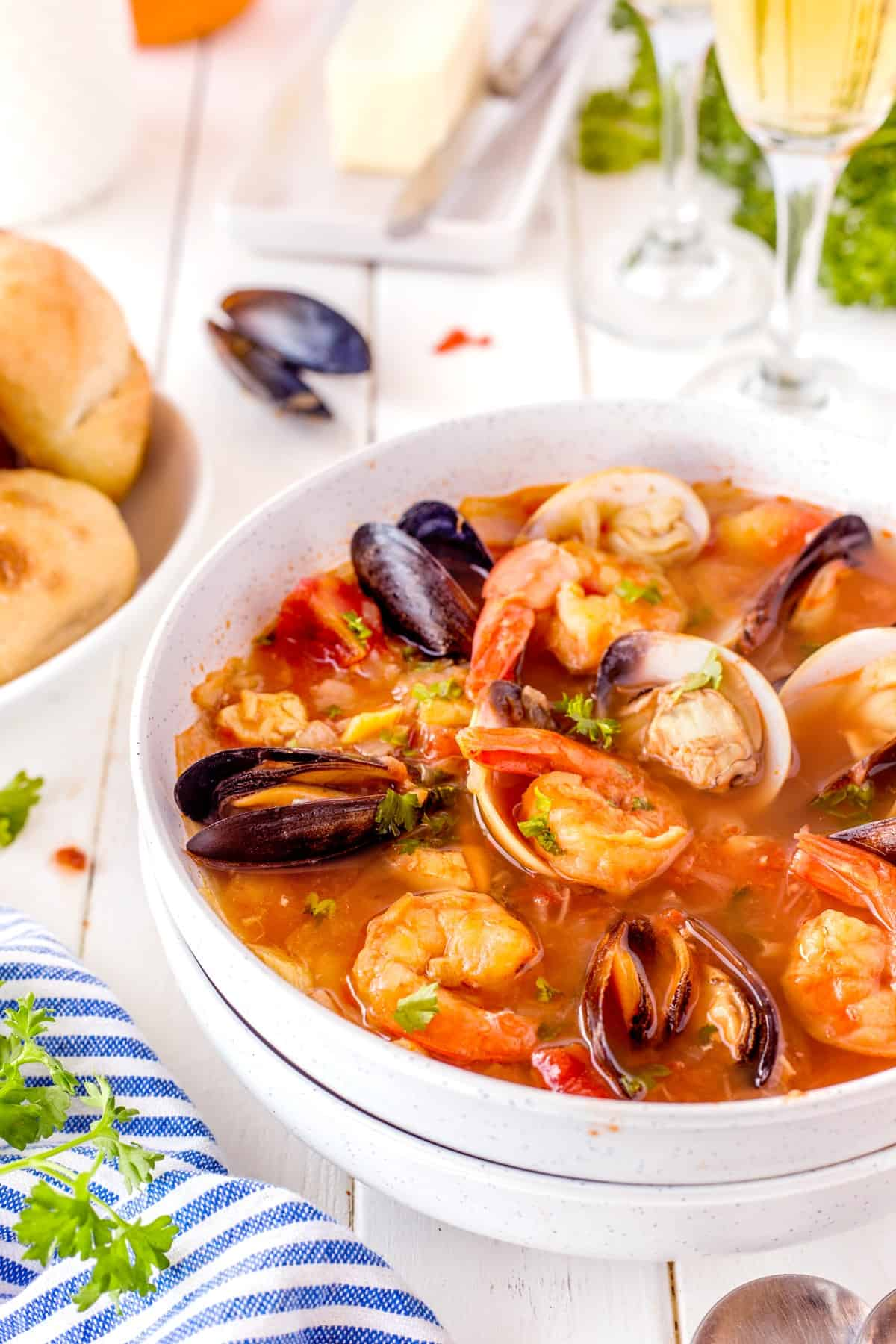 Vertical picture of a bowl of Cioppino