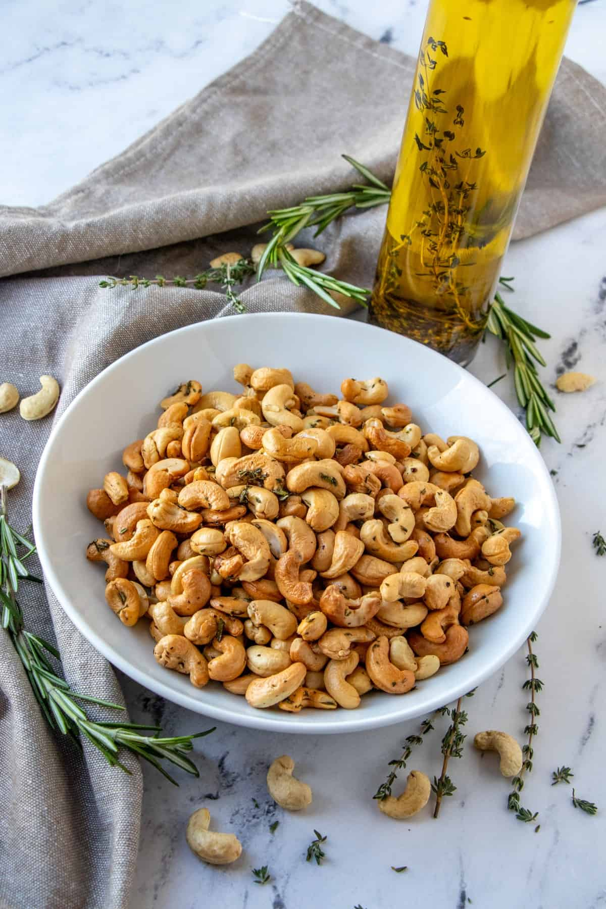 Golden brown cashew nuts in a bowl