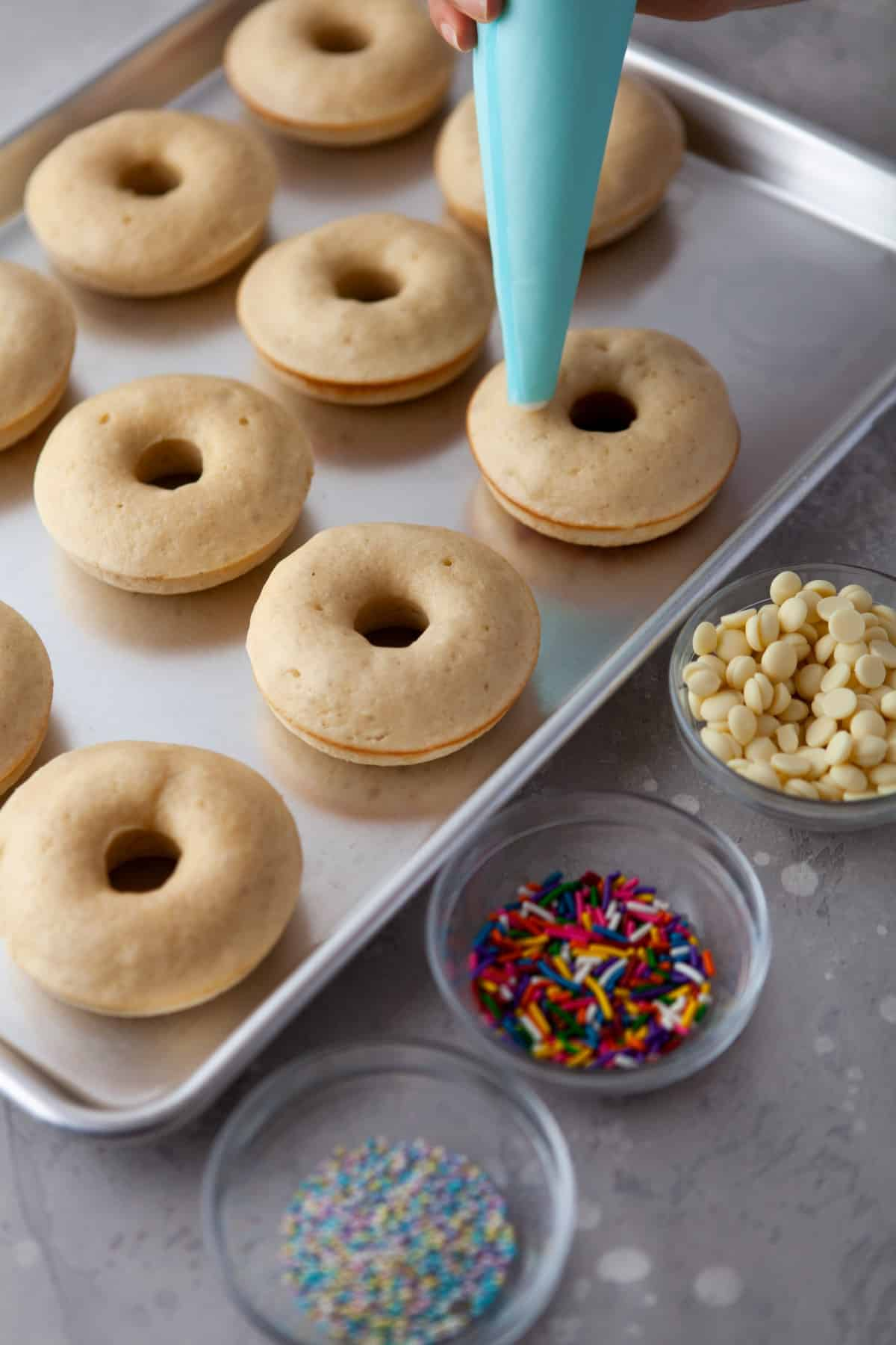 Icing donuts