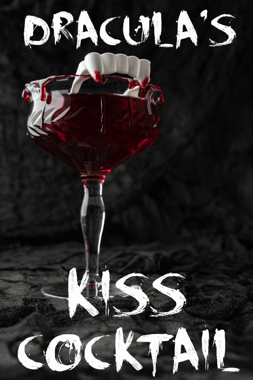Dracula's Kiss - Halloween Cocktail Pin